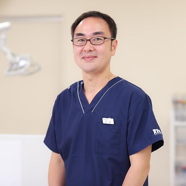 歯科医師 白岩